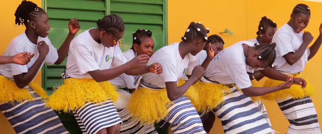 Jeunes filles du Burkina Faso